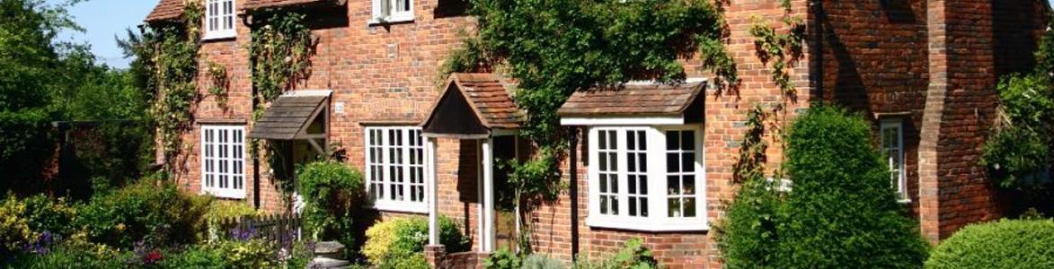Classic Stamford - Bay window style